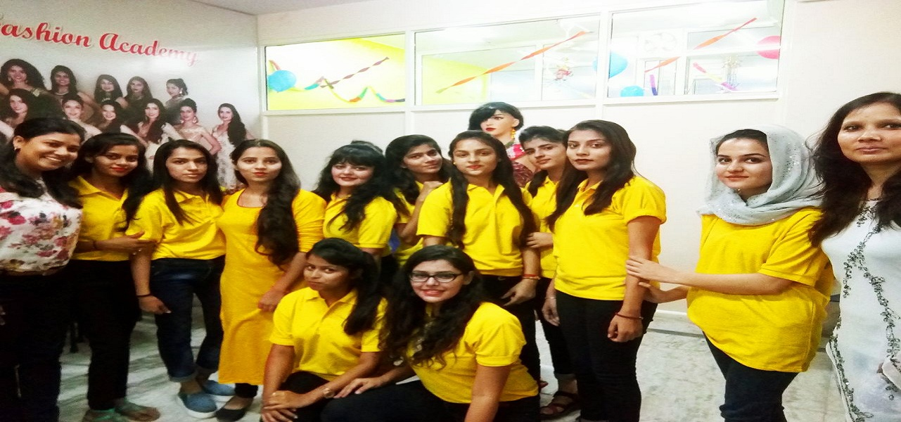 Delhi Women College Teacher Training Fashion Designing Courses In Delhi