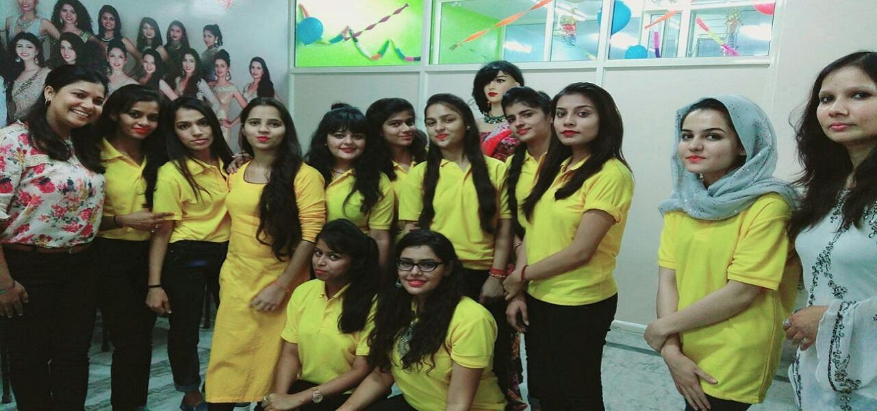 Delhi Women College Teacher Training Fashion Designing Courses In Delhi